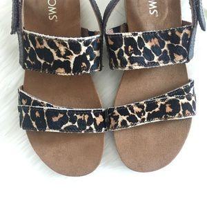 6debc916b7f Toms Shoes - NWT Leopard Ponyhair 2 Strap Tierra Sandal